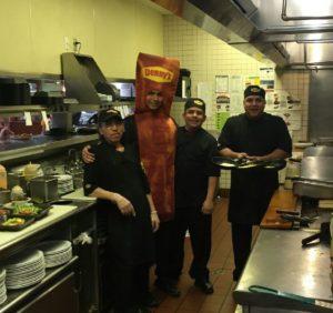 dennys kitchen staff